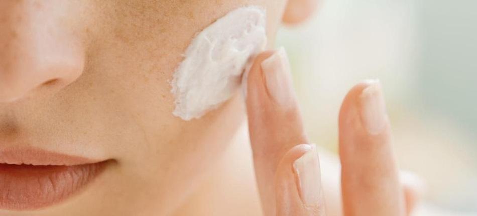 Gommage Bio, exfoliant et peeling du visage
